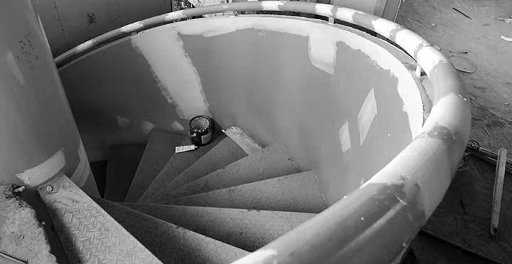 雪浪山会所楼梯安装